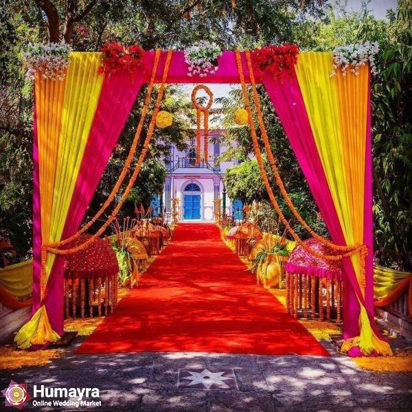 http   thehalaqa.info wp content uploads 2018 09 simple elgentcolourfulwedingideasindianweddingflowerdding decorations house decorating ideas for indian table centerpiece