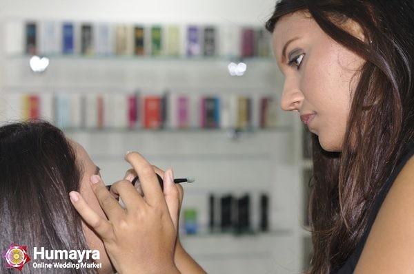 makeup 395044 640