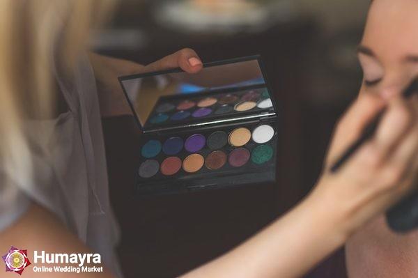 makeup 791303 640