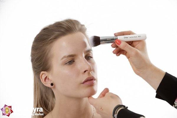 makeup brushes 824705 640